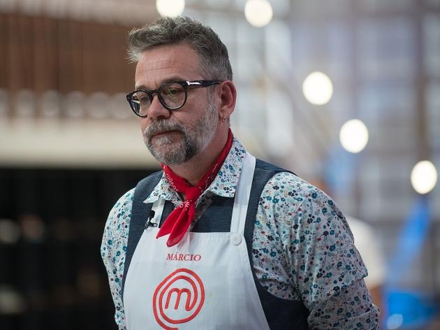 """Márcio é eliminado do MasterChef após entregar sobremesa """"alcoolizada e fora da realidade"""""""