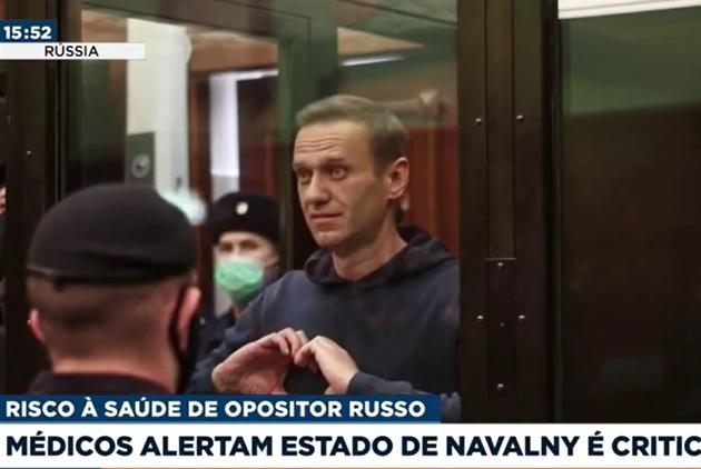 Médicos alertam que estado de saúde de Alexei Navalny é crítico