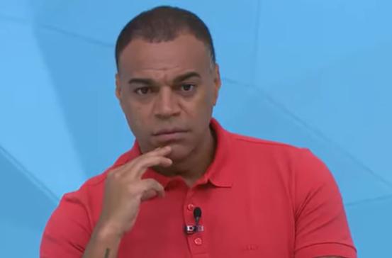 """""""Moiô"""": Denílson sofre com Renata e critica Volpi e Liziero após queda do São Paulo"""
