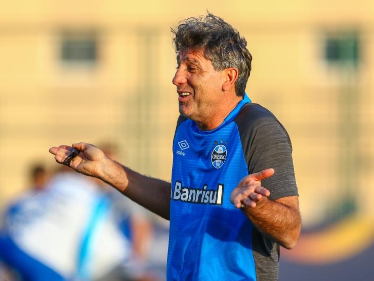 """Otimista por permanência, presidente do Grêmio diz que Renato não terá salário """"fora da realidade"""""""