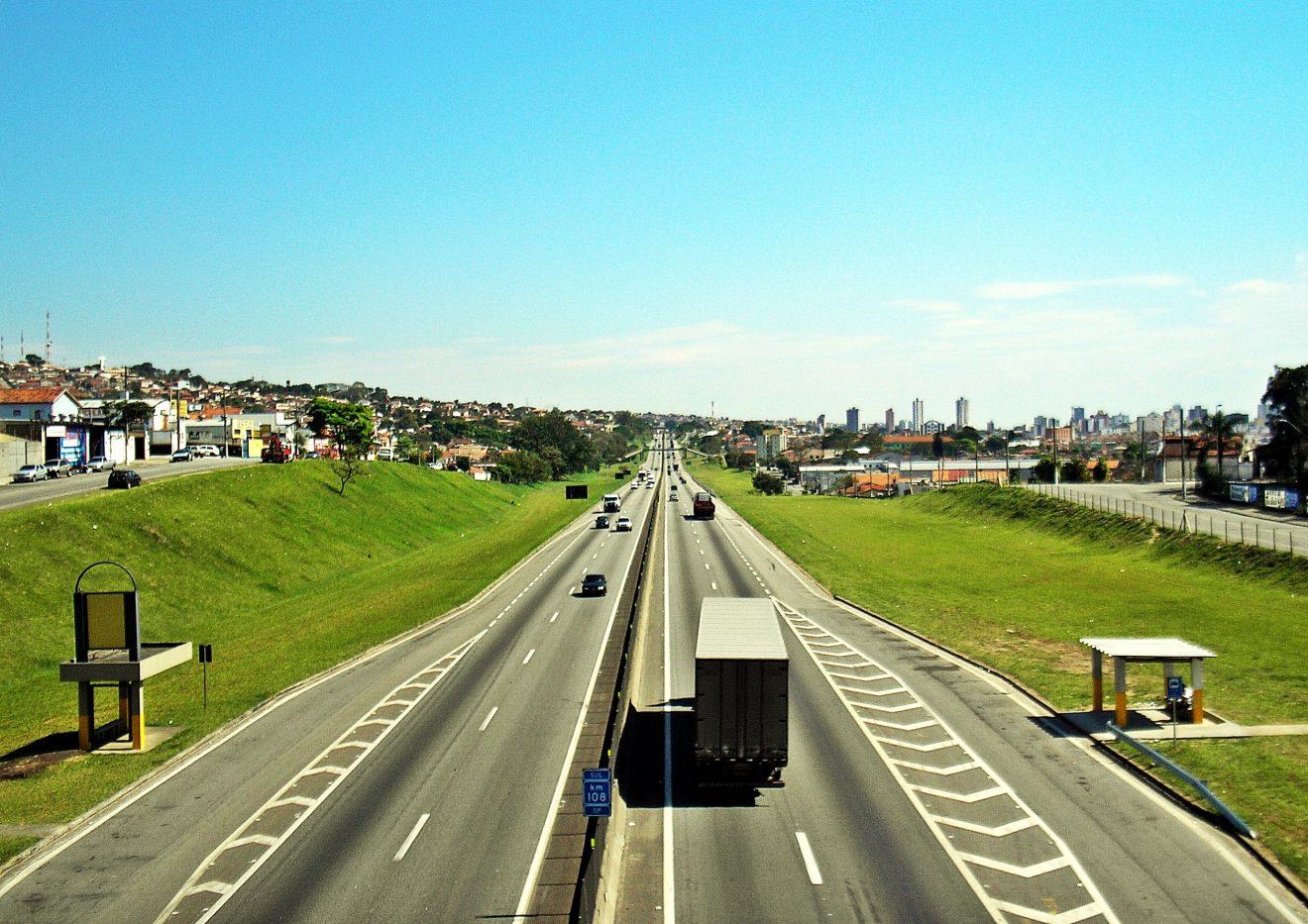 Confira o trânsito nas principais estradas do Vale do Paraíba em 26 de julho