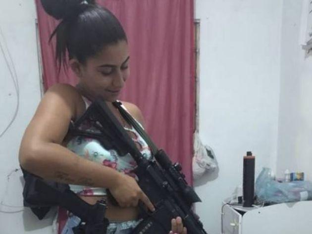 Chefes do tráfico Hello Kitty e Vinte Anos são mortos em operação no RJ