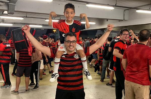 De cartão da sogra à compra de passagem com fronteiras fechadas: histórias de quem faz de tudo pela final da Libertadores