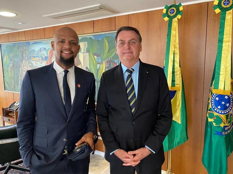 Caso Robson: Felipe Melo diz que Bolsonaro prometeu ajudar imediatamente após pedido