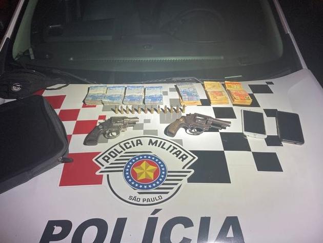Quadrilha é presa após roubo de malote com dinheiro, em Guaratinguetá