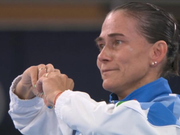 Aos 46 anos, Chusovitina se despede da Olimpíada e é ovacinada