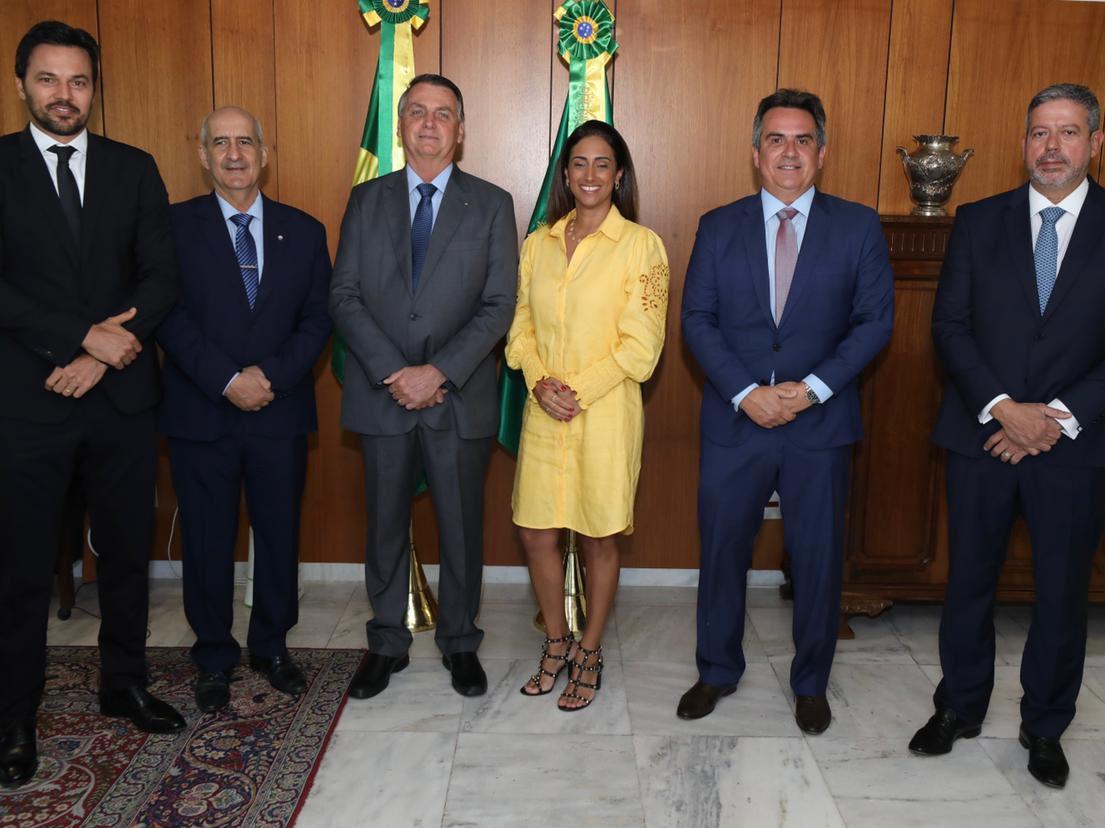 Ciro Nogueira aceita convite de Bolsonaro para assumir Ministério da Casa Civil
