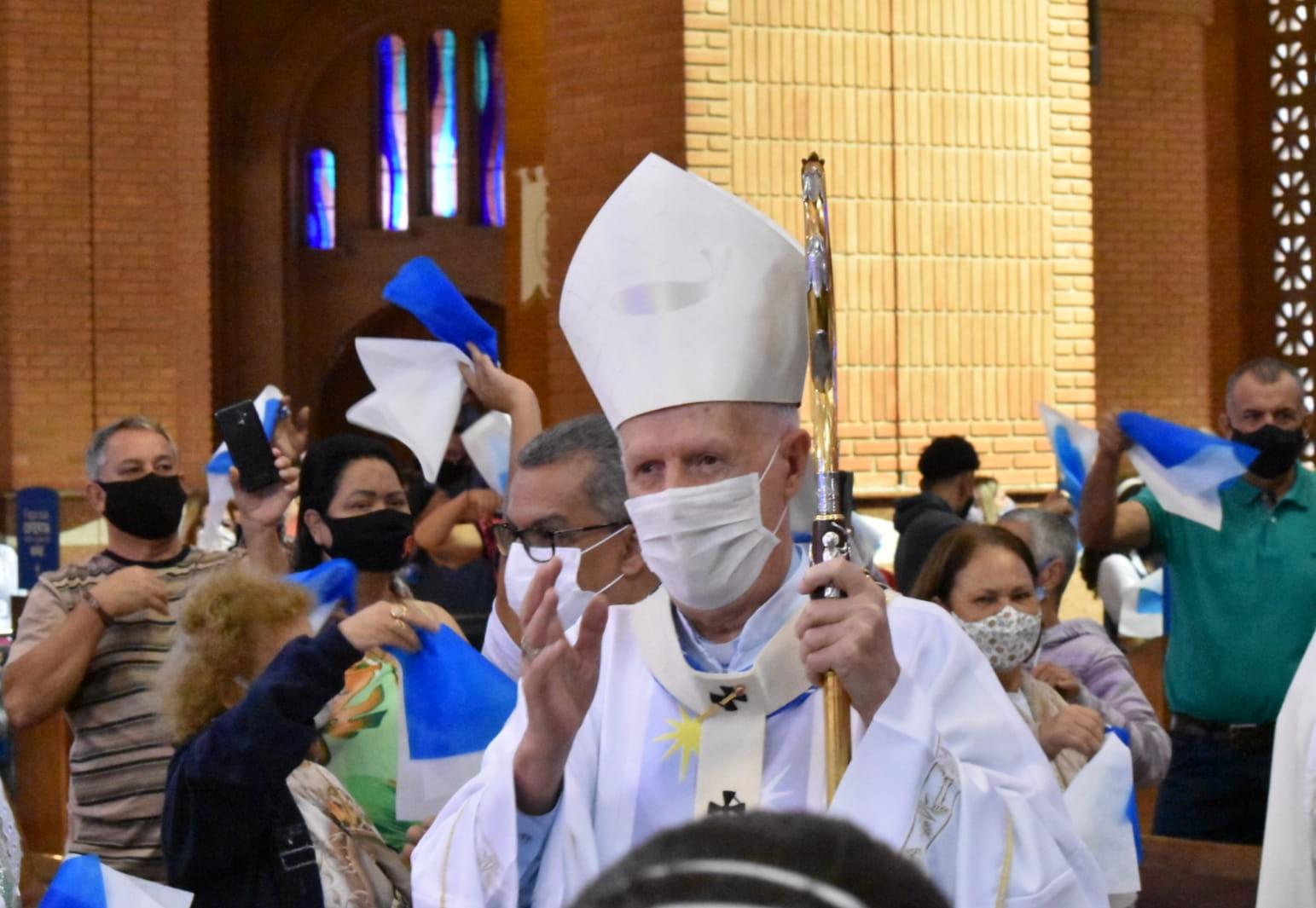 Dom Orlando Brandes, arcebispo de Aparecida conduziu a missa solene de 12 de outubro em Aparecida