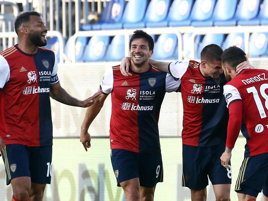 João Pedro quebra jejum de 15 anos e Cagliari vence a Roma por 3 a 2; assista aos gols