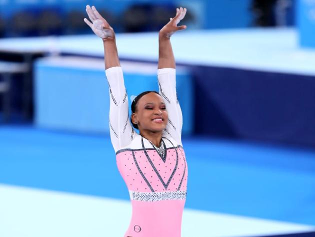 Rebeca Andrade conquista o ouro no salto e volta a fazer história em Tóquio