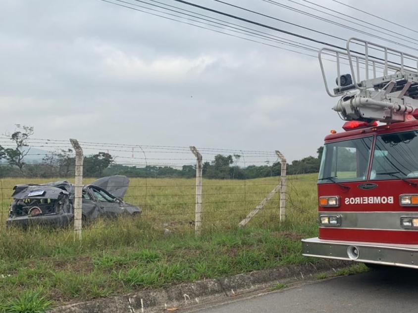 Motorista de 21 anos foi socorrido pelo Águia ao Hospital Regional de Taubaté