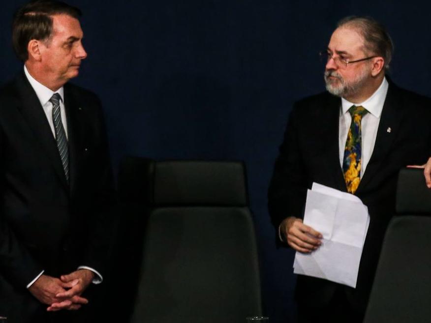 Augusto Aras precisa de apoio do Senado para ser reconduzido ao cargo
