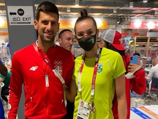 """Gabi, da seleção de vôlei, tieta Djokovic: """"Zerei a vida"""""""