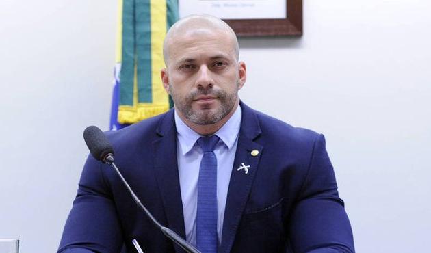PSL repudia ataques e prepara afastamento definitivo de Daniel Silveira
