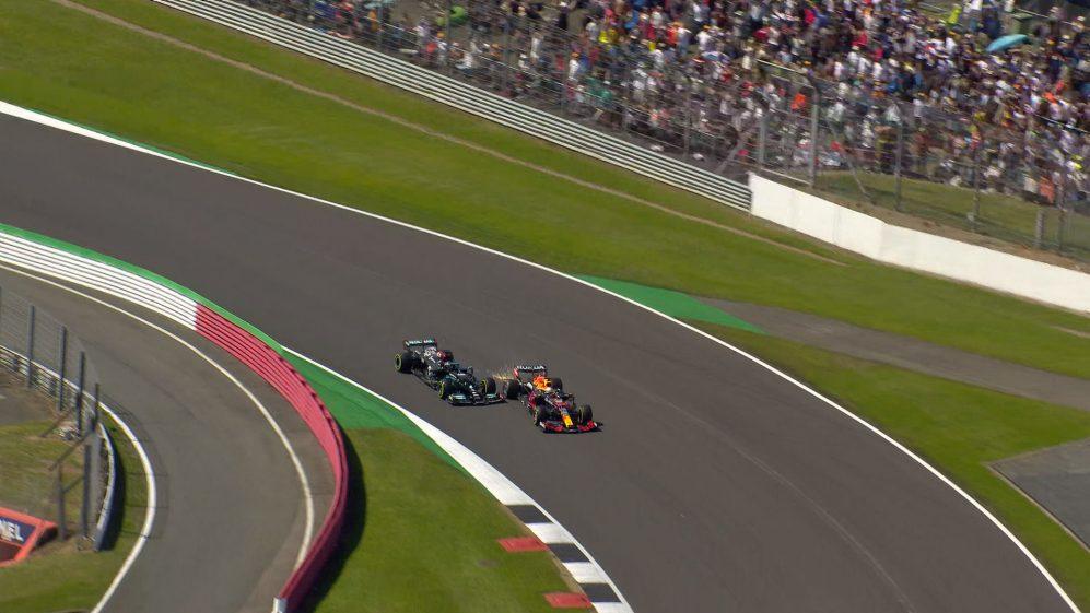 "Red Bull e Mercedes divergem sobre ""motor dos Flinstones"" na F1"