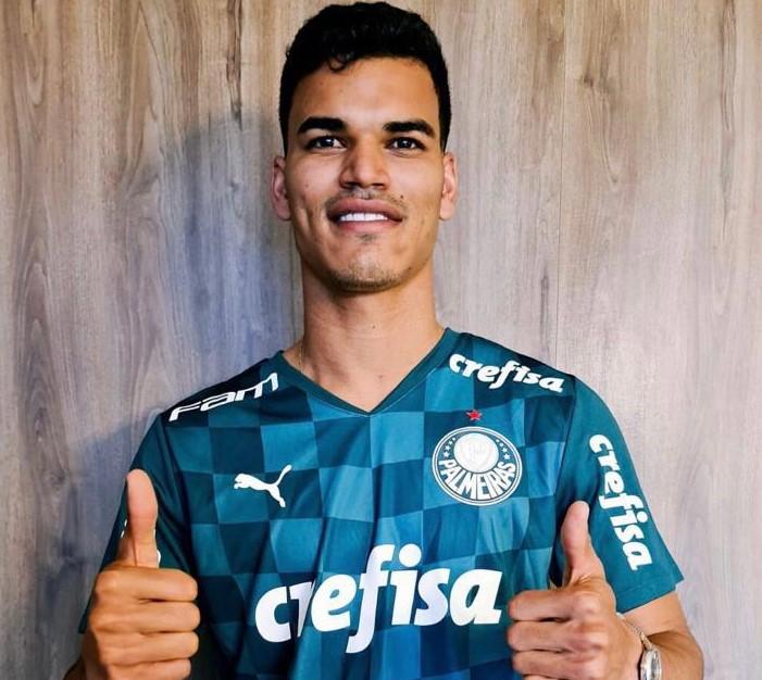 Palmeiras confirma contratação do volante Danilo Barbosa