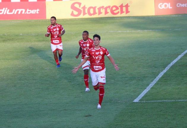 Vila Nova goleia Remo e se aproxima do título da Série C; veja os gols