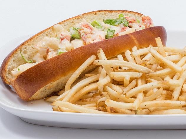 Lobster roll: conheça o cachorro-quente de lagosta que faz sucesso nos EUA