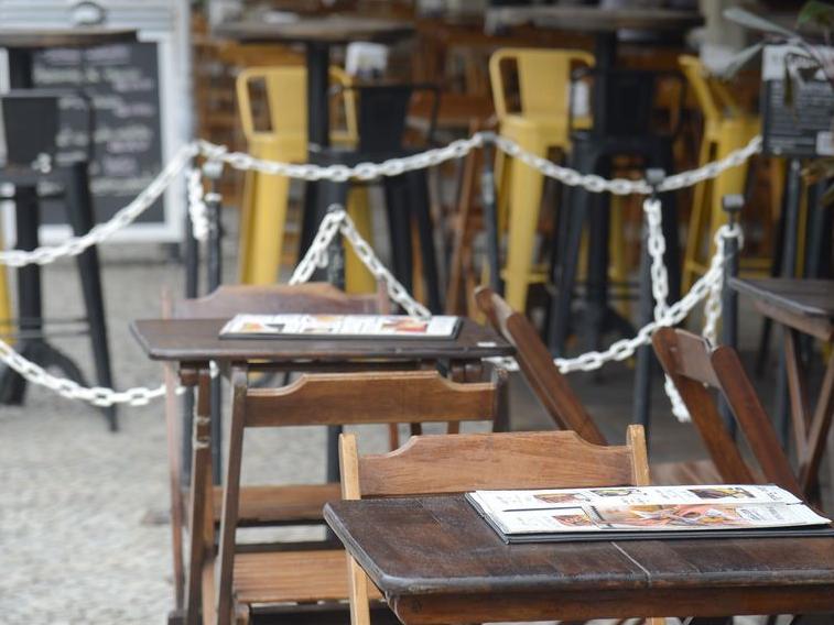 BH diminui restrições para estádios, bares e restaurantes