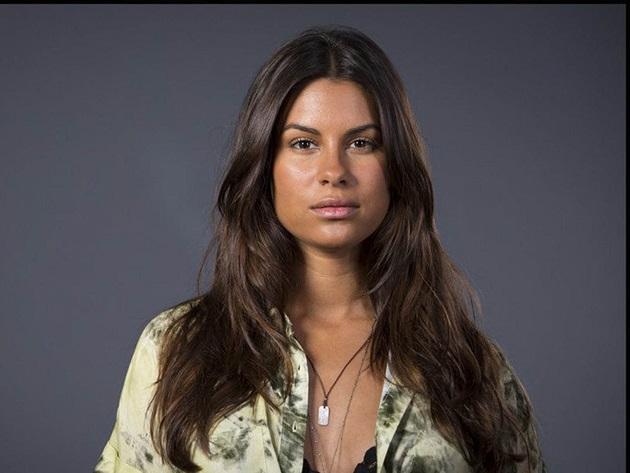 """Carolina Loureiro diz que ser protagonista de Nazaré mudou sua vida: """"Papel mais importante"""""""