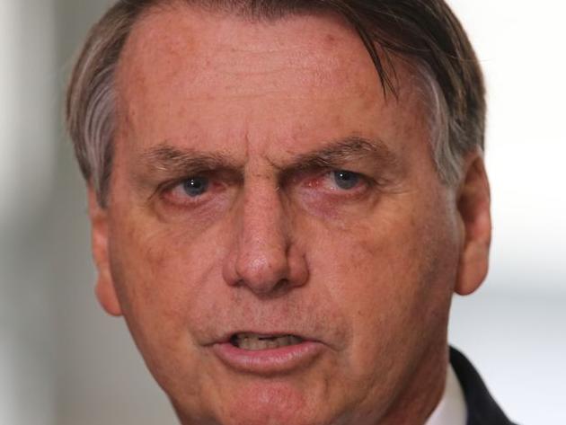 Bolsonaro sinaliza retorno do horário de verão