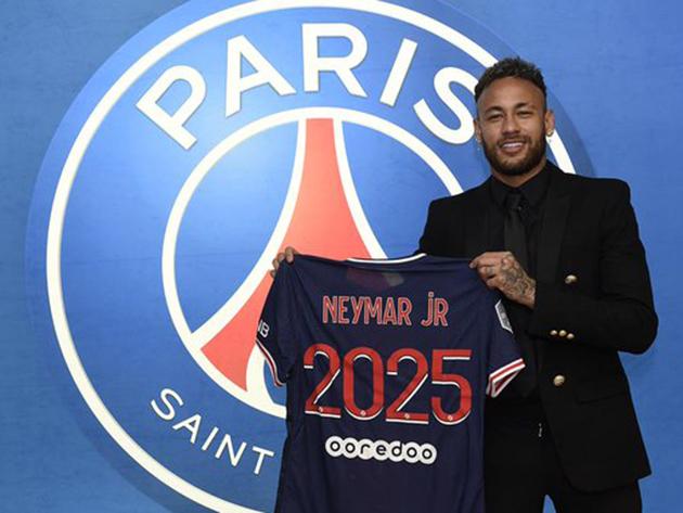 PSG anuncia renovação de contrato com Neymar