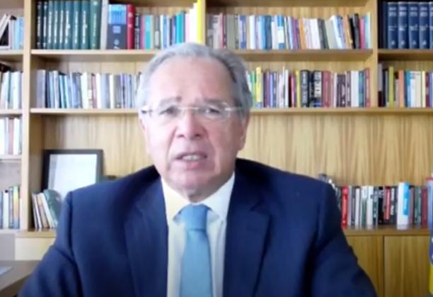 Paulo Guedes afirma que auxílio emergencial deve ser estendido até fim de outubro