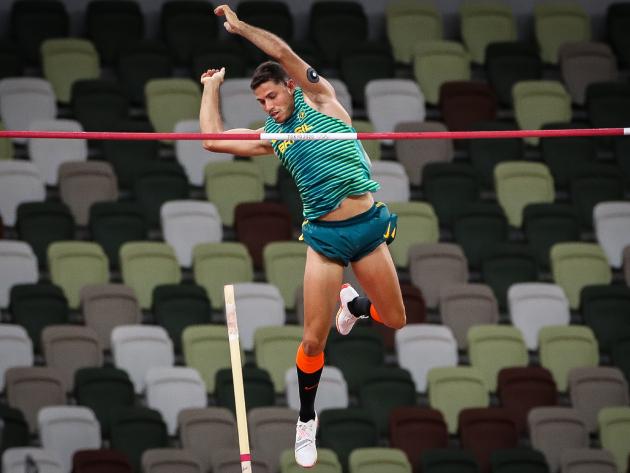 Campeão no Rio, Thiago Braz volta ao pódio e leva o bronze em Tóquio
