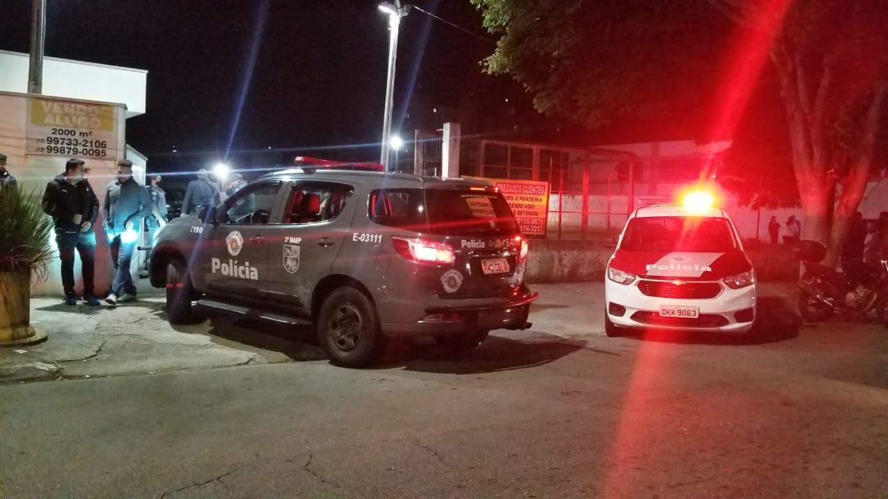 Homem de 31 anos é morto a tiros na Avenida Itália, em Taubaté