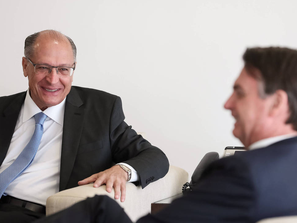 Geraldo Alckmin e Jair Bolsonaro lideram pesquisas de intenção de votos para governador de SP e presidente da República