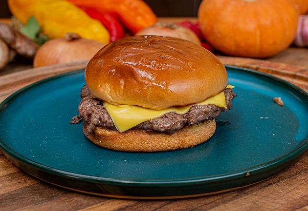Jacquin, Edu Guedes e mais: 10 receitas de hambúrguer assinadas por chefs