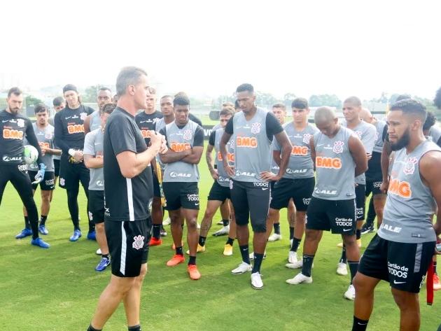 Corinthians tem novo surto e confirma que dez jogadores testaram positivo para a Covid-19