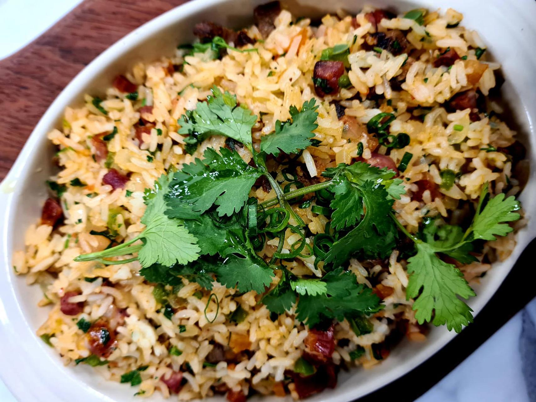 Prepare um clássico arroz carreteiro