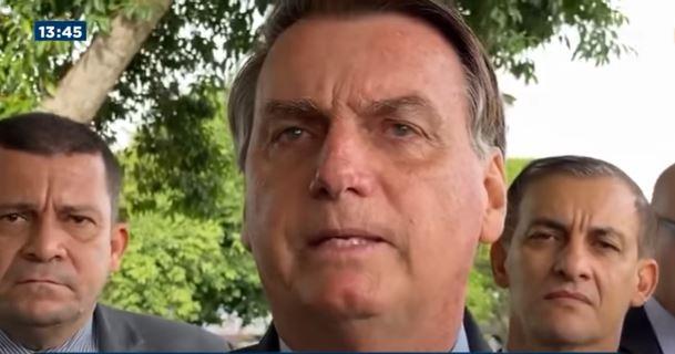 Bolsonaro e Mourão criticam Barroso por decisão sobre CPI; STF rebate