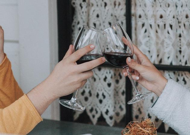Maceração carbônica: conheça a técnica que produz vinhos fáceis de beber