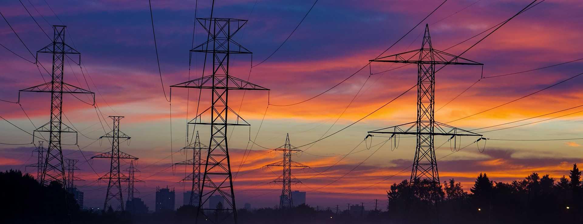 Senado aprova texto-base de projeto que permite privatização da Eletrobras