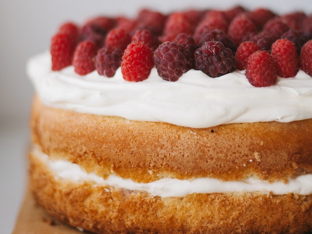 Qual a diferença entre bolo e torta? Entenda