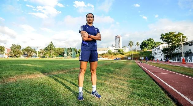 Edina Alves será 1ª árbitra da história a apitar Corinthians x Palmeiras
