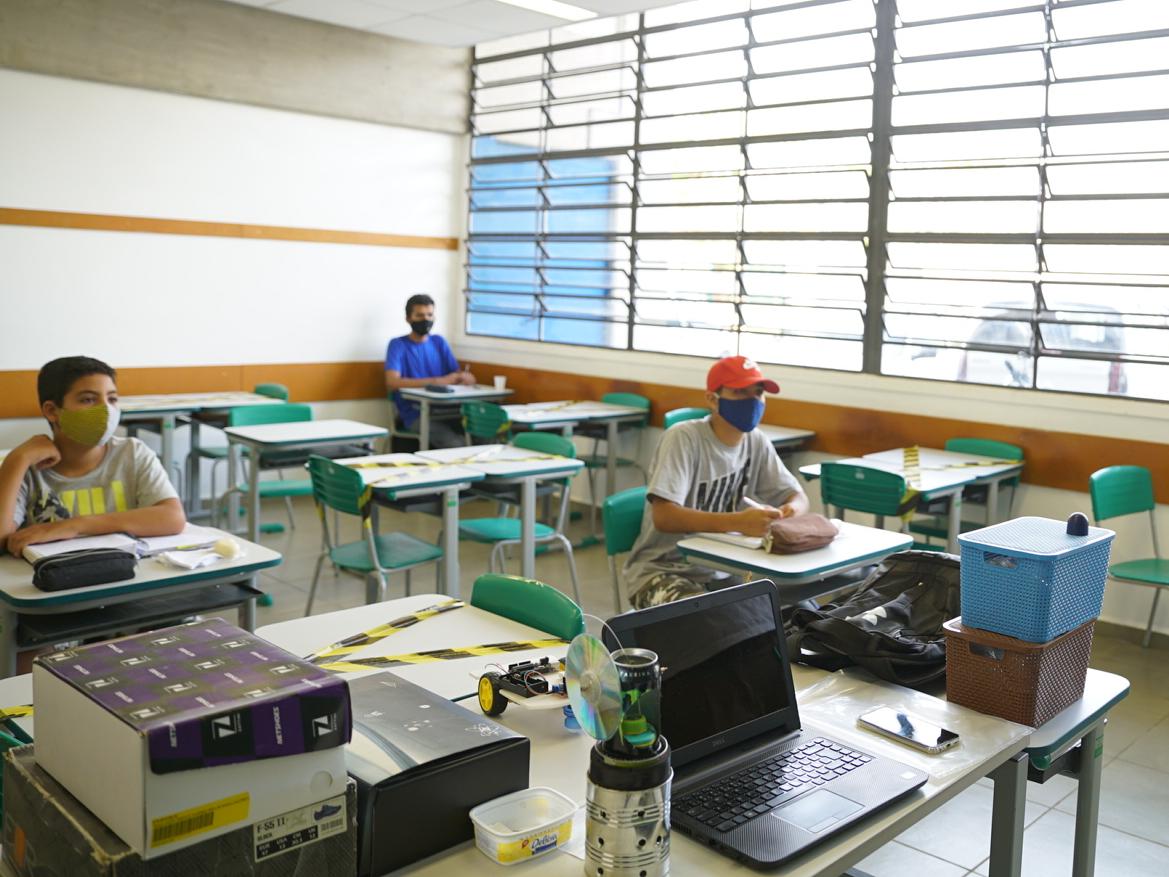 SP: escolas estaduais de ensino médio terão aula extra e mais 10 mil professores