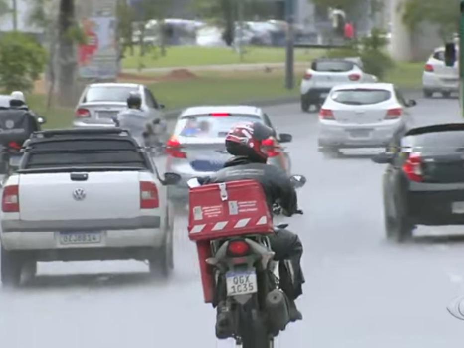Com aumento do delivery, venda de motos no Brasil cresce 47% em 2021
