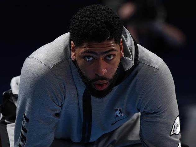 A monocelha mais famosa do basquete faz falta para o atual campeão da NBA