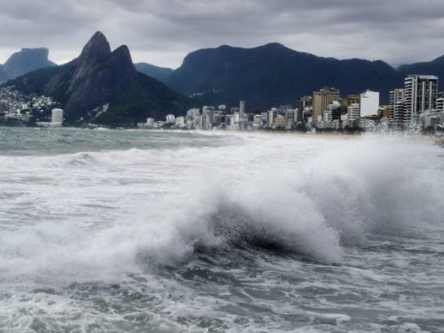 Fim de semana tem chances de temporal em SP e Rio; veja previsão do tempo