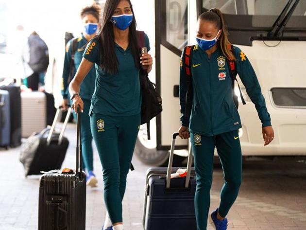 Seleção feminina se apresenta nos EUA para torneio amistoso