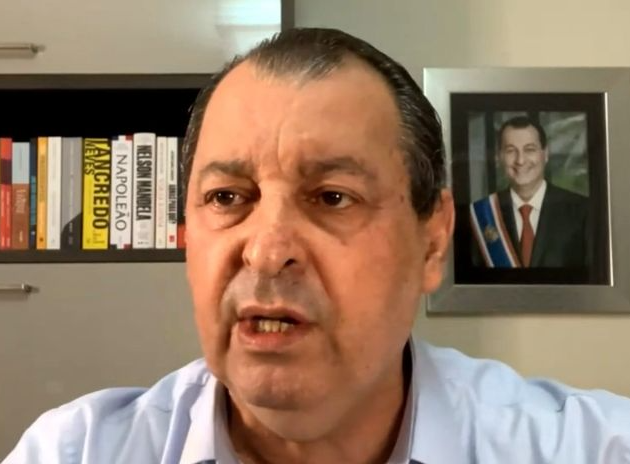 Presidente da CPI afirmou que Bolsonaro cometeu diversos crimes em meio à pandemia no Brasil