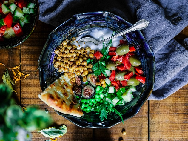 Saiba qual é a diferença entre pratos vegetarianos e veganos