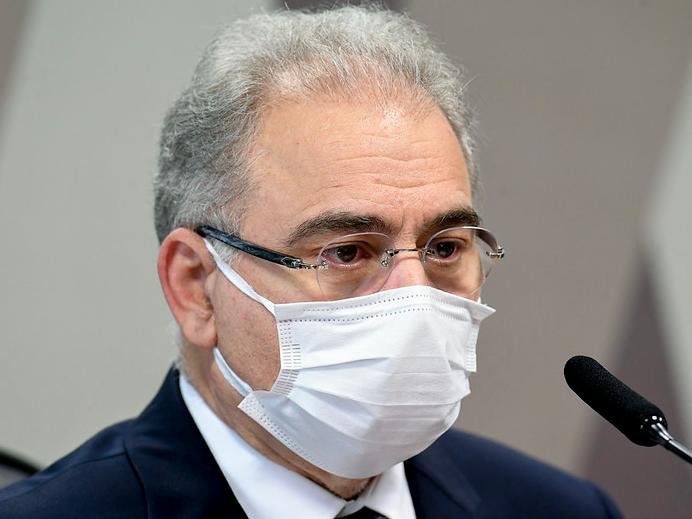Ministro da Saúde diz que não foi consultado sobre ação do governo contra toques de recolher