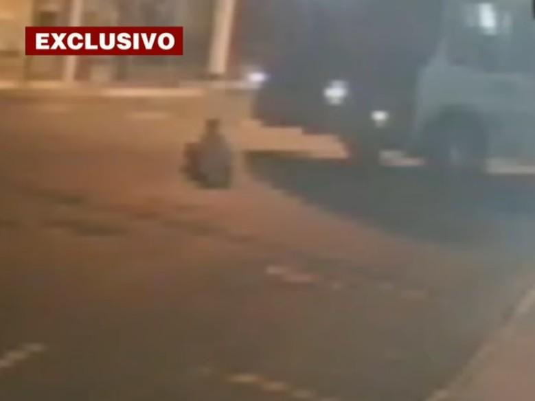 Vítima de assalto morre após ser atropelada por dois ônibus em São Paulo