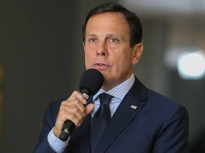 Governo de São Paulo considera dispensar uso de máscaras a partir de novembro