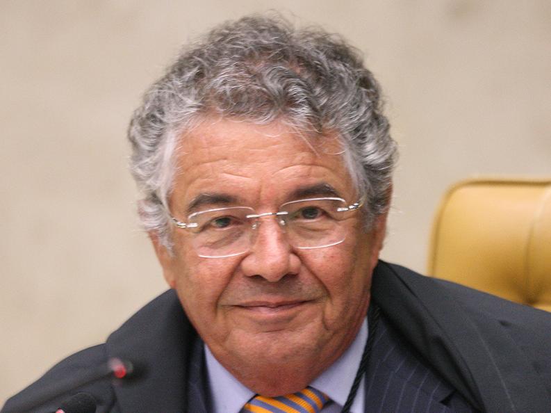 """Bolsonaro tenta """"preparar campo para uma virada de mesa"""" nas eleições, diz Marco Aurélio Mello"""