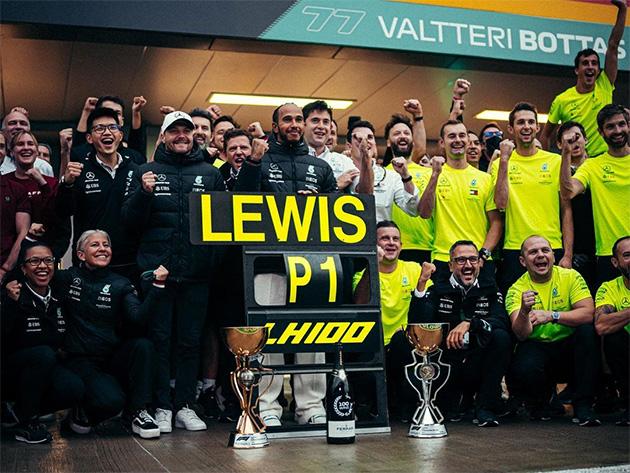 "Toto Wolff, chefe da Mercedes, exalta 100ª vitória de Hamilton na F1: ""É alucinante"""